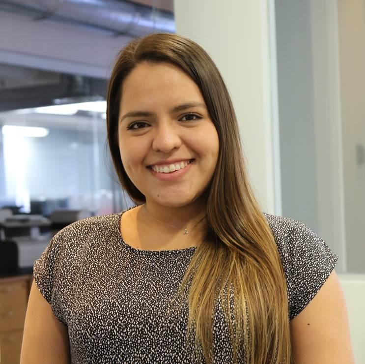 Angela Molina - Comunicaciones